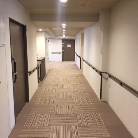 グレイプス立石 廊下